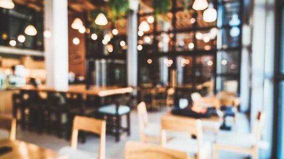 6 Τρόποι με τους οποίους το εστιατόριο μπορεί να μεγιστοποιήσει την Εναλλαγή Των τραπεζιών και να Αυξήσει Τα Έσοδα